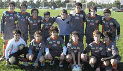 Victoria de la clase 2000. (Foto: gentileza Prensa Los Patos Fútbol Club).